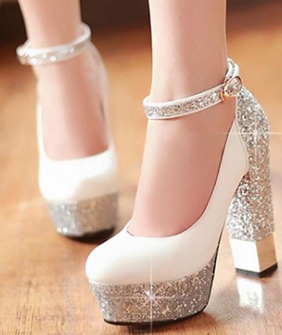 Zapato brillante tacon alton